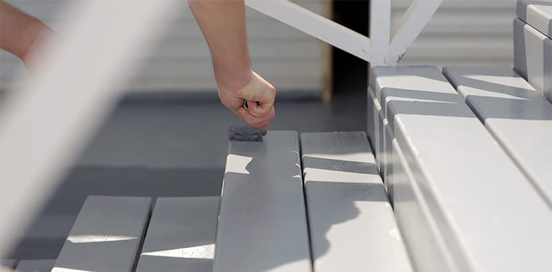 How to Choose the Best Deck Paint