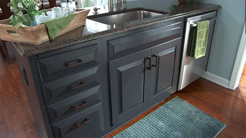 FAQ About Choosing and Using a Cabinet Paint