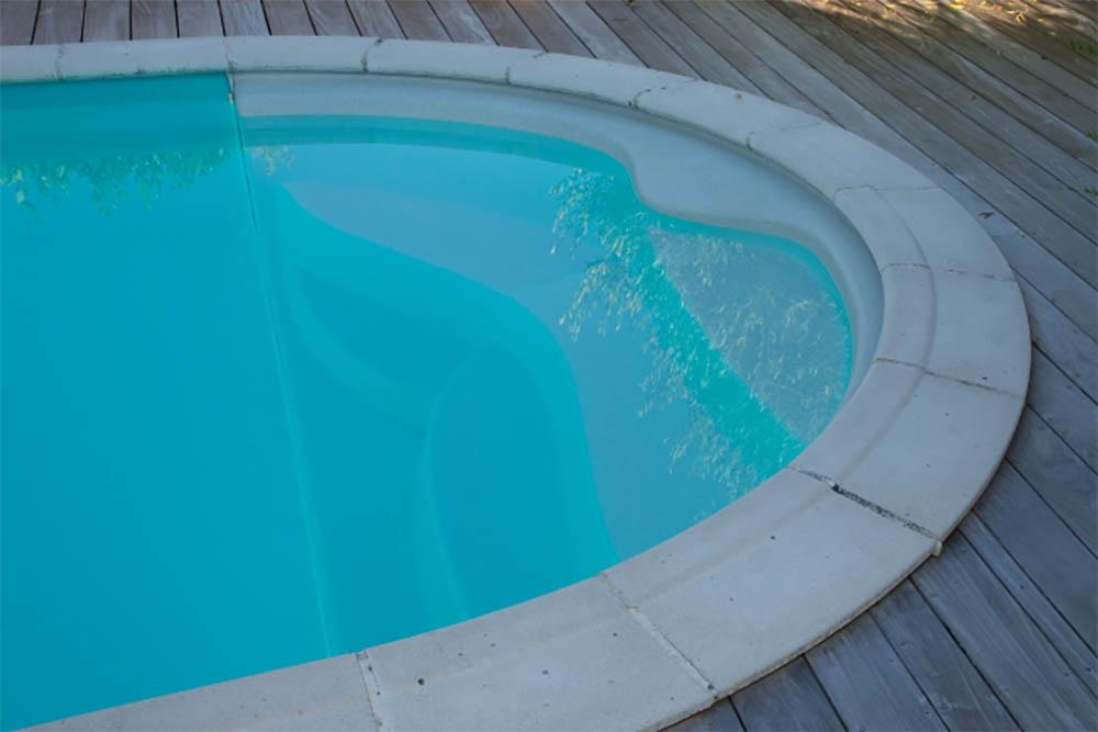 Can you paint concrete coping stones