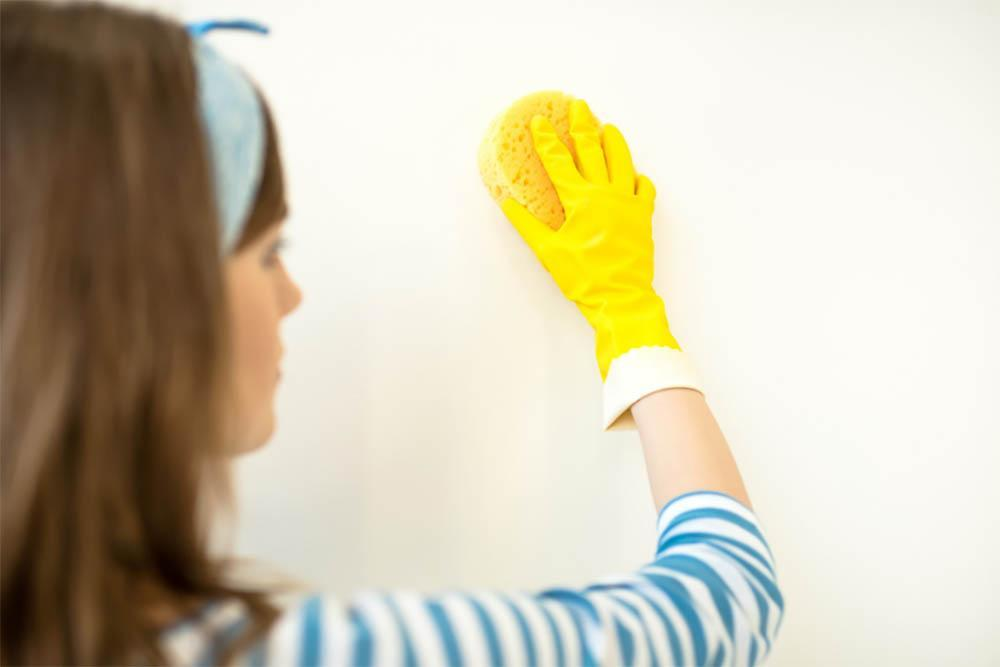 How Do You Clean Walls Without Removing Paint
